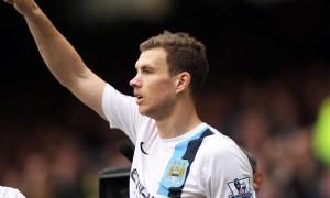 chân sút EdinDzeko của Manchester City