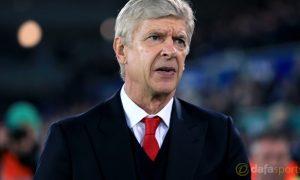 Wenger gia hạn hợp đồng, tiếp tục gắn bó với Arsenal