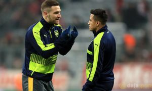 Mustafi hy vọng Sanchez ở lại với Arsenal