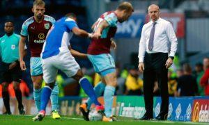 HLV Sean Dyche của Burnley mong muốn tăng cường chiều sâu đội hình