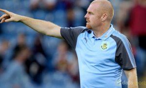 HLV Dyche vui mừng vì sự tiến bộ của Burnley