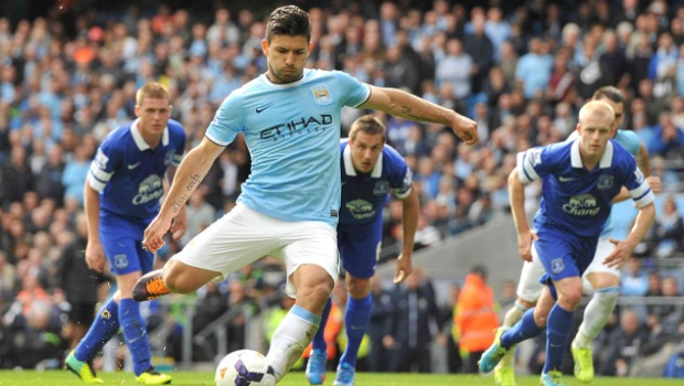 Sergio-Aguero-happy-at-Manchester-City