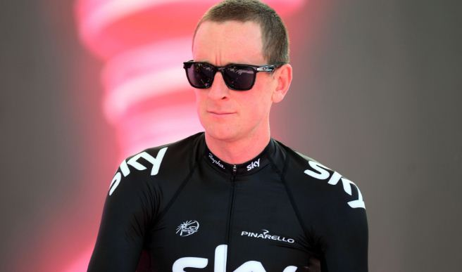 Team-Sky-rider-Sir-Bradley-Wiggins-Tour-De-France-hurt