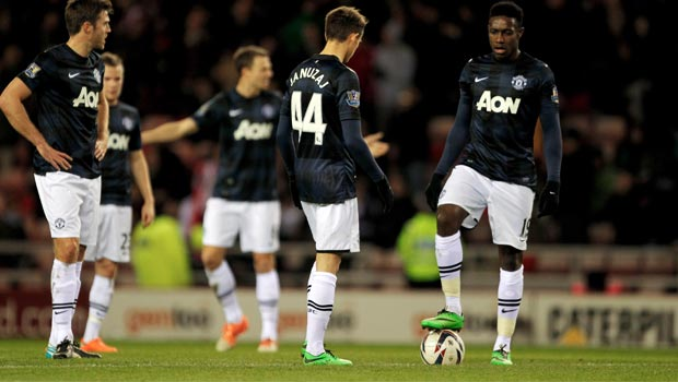 Danny-Welbeck-with-man-united-Team