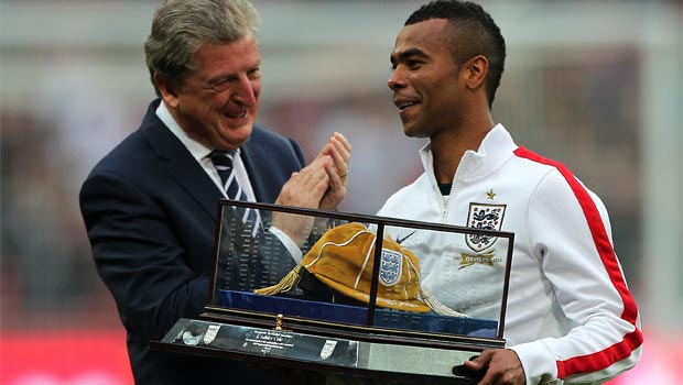 Roy Hodgson Ashley Cole England