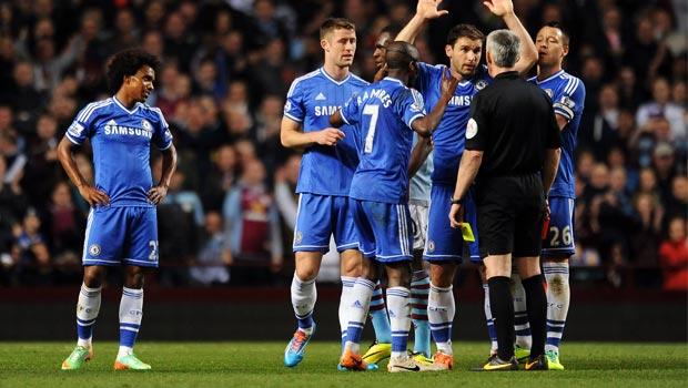 Chelsea referee Chris Foy