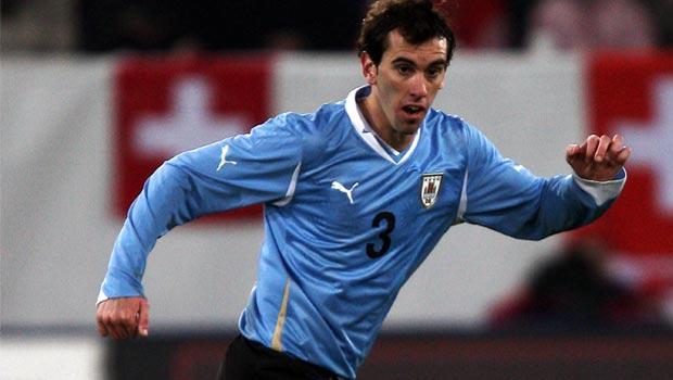 Hậu vệ Diego Godin của Urugoay