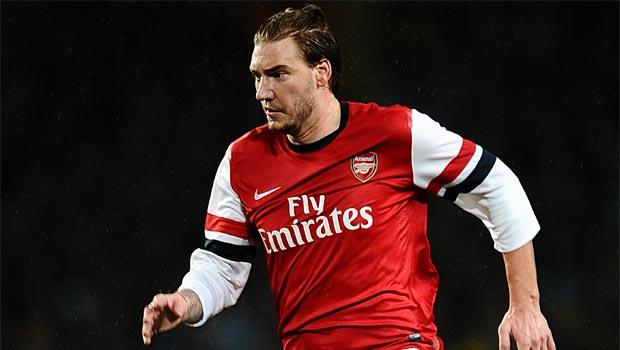 Tiền đạo Nicklas Bendtner của Arsenal