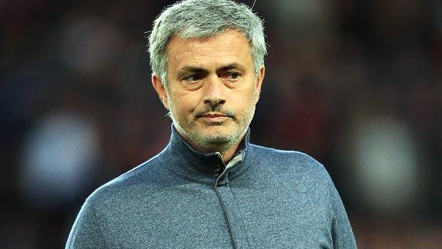 Huấn luyện viên Jose Mourinho của