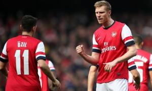 Per Mertesacker Bóng Đá Arsenal
