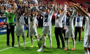 Cristiano Ronaldo cua Real Madrid Bóng Đá