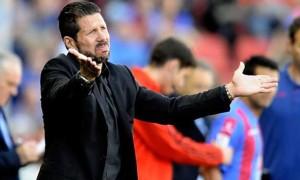Huấn luyện viên Diego Simeone của Atletico Madrid