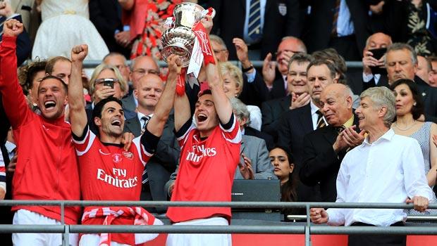 Đội trưởng Mikel Arteta của Arsenal