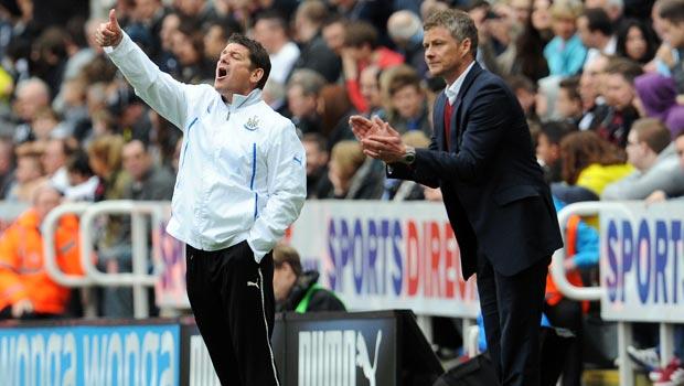 Huấn luyện viên Ole Gunnar Solskjaer của Cardiff City Ngoại Hạng Anh