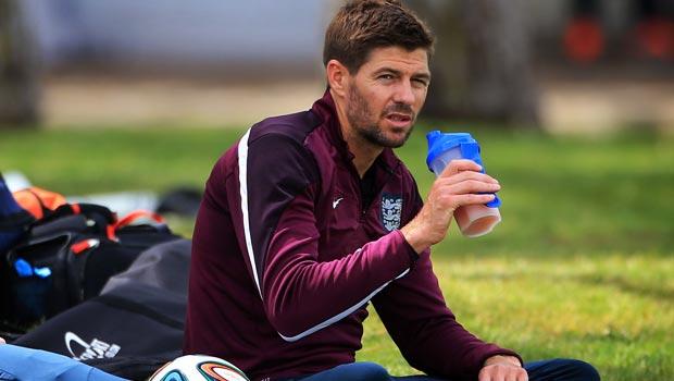 Đội trưởng Steven Gerrard của đội tuyển Anh