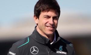Ông chủ Toto Wolff của Mercedes Đua Xe F1