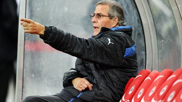 Oscar Tabarez Uruguay coach