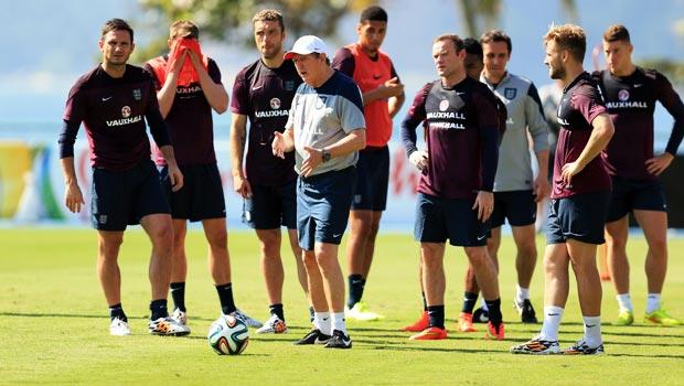 Roy Hodgson England team