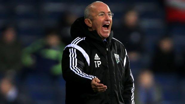 HLV Tony Pulis West Bromwich và Gateshead Cúp FA