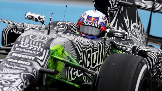 Tay -dua - Red-Bull -Daniel-Ricciardo-1