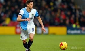 Blackburn-Rovers-midfielder-Jason-Lowe