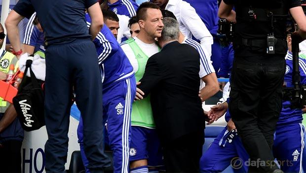 Chelsea-boss-Jose-Mourinho-and-John-Terry