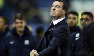 Rovers-manager-Gary-Bowyer
