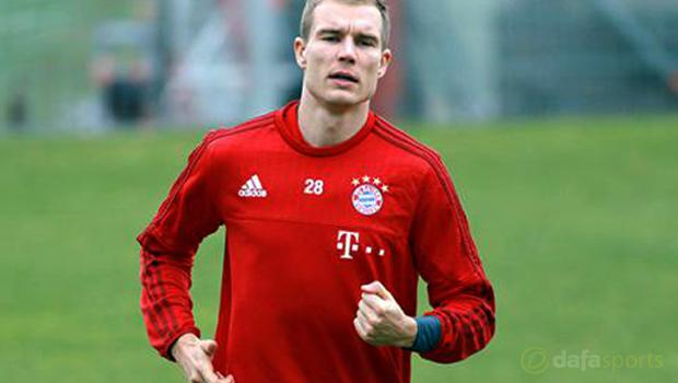 Keo-bong-da-Germany-defender-Holger-Badstuber