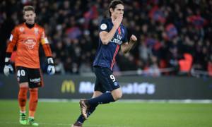 keo-bong-da-Paris-Saint-Germain-Lorient-Edinson-Cavani