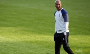 Zidane căn dặn các cầu thủ Real Madrid thận trọng trước Club America