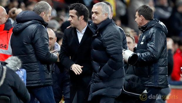 Jose Mourinho phàn nàn về các đối xử của các trọng tài