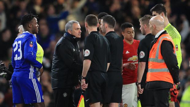 Mourinho - Tôi vẫn là số một