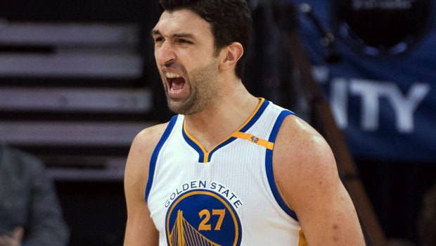 Bóng rổ NBA: Zaza Pachulia gia hạn hợp đồng với Warriors