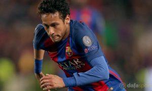 Neymar bỏ tập tại Barca, mở đường rời đội bóng