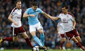 John Stones: Các tiền đạo của Man City đang chơi tốt