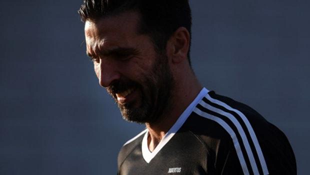 Gianluigi Buffon mơ về chức vô địch Champions League
