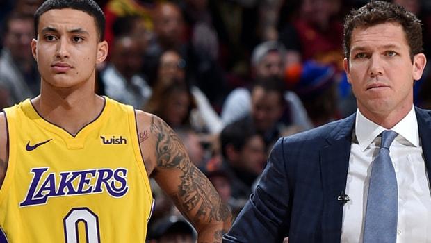 NBA: Kyle Kuzma cho rằng Lakers đồng lòng với HLV Walton
