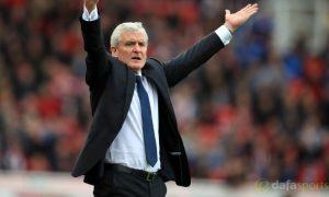 HLV Mark Hughes tin vào khả năng trụ hạng của Southampton