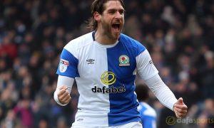 Blackburn Rovers đưa ra bản hợp đồng mới cho Danny Graham