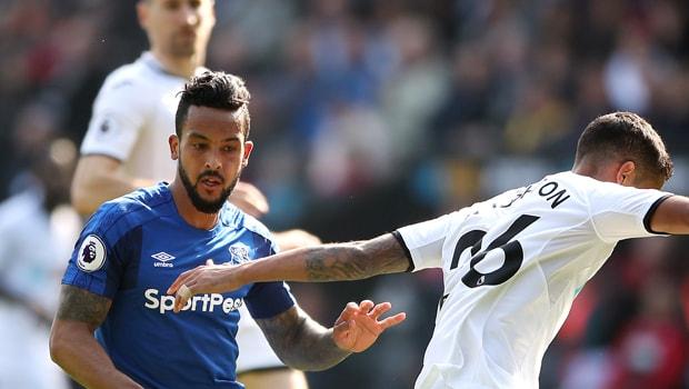 Cá cược Ngoại hạng anh: Walcott đánh cược cùng Everton