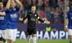 Kasper Schmeichel của Đan Mạch tố trọng tài không công bằng