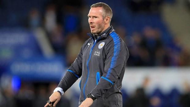 Cá cược ngoại hạng anh: Michael Appleton chia tay Leicester