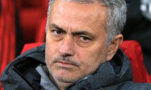 Jose Mourinho cảnh báo mùa giải khó khăn cho Man Utd