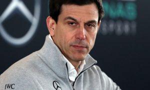Đua xe F1: Toto Wolff hy vọng phản hồi từ đội đua Ferrari