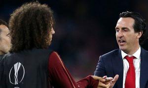 HLV Emery tự tin cùng các cầu thủ Arsenal