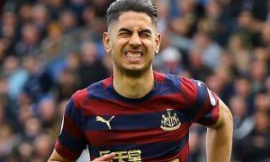 Tiền đạo Ayoze Perez muốn Newcastle gia hạn với Benitez