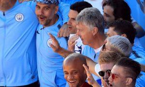 Guardiola thừa nhận Man City cần chinh phục Champions League