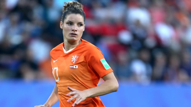 Dominique-Bloodworth-Netherlands-Football-World-Cup-min