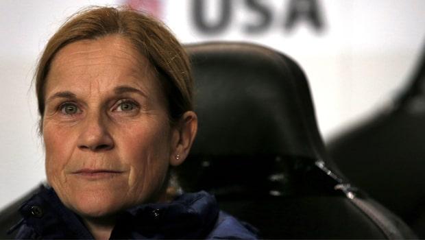Jill Ellis cùng đt Mỹ tiến vào trận chung kết