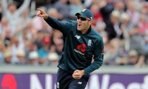 """Ashes 2019: Overton sẽ thể hiện """"Tinh thần thi đấu"""", ĐT Anh"""